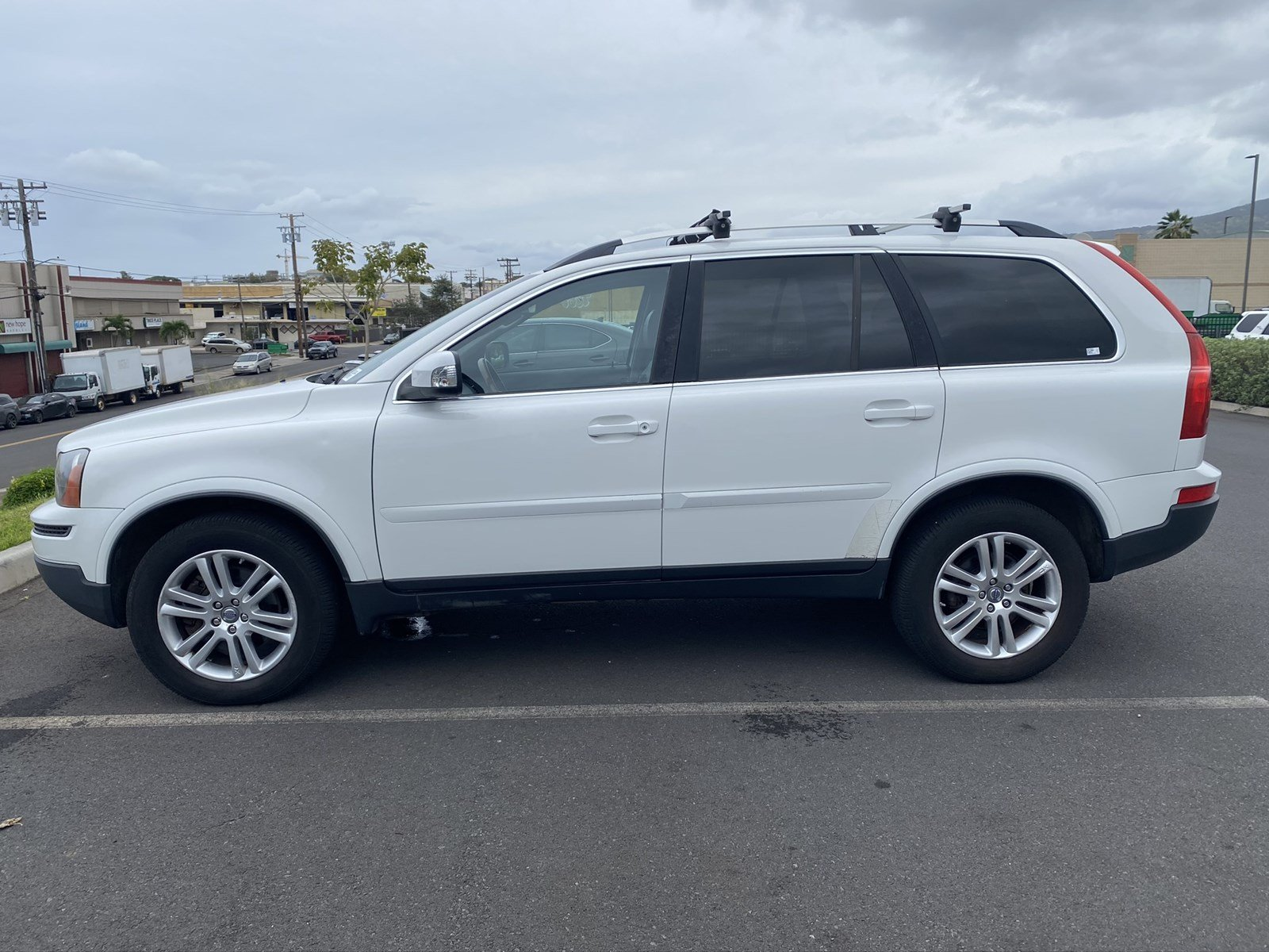 Featured Pre-owned 2007 Volvo XC90 V8 SUV for sale in Waipahu, HI
