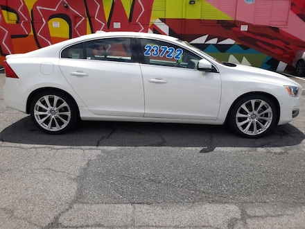 Featured Pre-owned 2017 Volvo S60 T5 Inscription Sedan for sale in Waipahu, HI