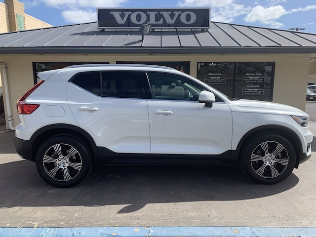 Featured Pre-owned 2019 Volvo XC40 T5 Inscription SUV for sale in Waipahu, HI