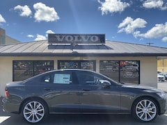New 2020 Volvo S60 T5 Momentum Sedan in Waipahu, HI