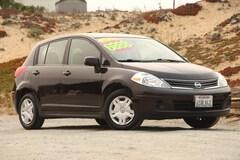 2011 Nissan Versa 1.8 S Hatchback