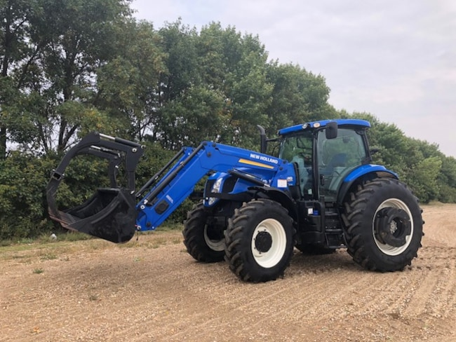 Used 2014 New Holland T7-235 For Sale at Cypress