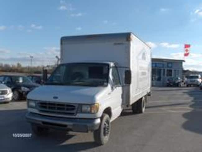 1998 Ford F350 Cube Truck Chassis