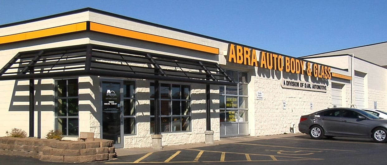 Abra Body Shop >> Abra Auto Body Glass Dahl Subaru In La Crosse Wi