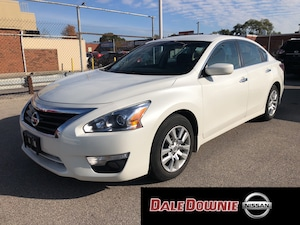 2015 Nissan Altima 2.5 S - EXTENDED WARRANTY INCLUDED