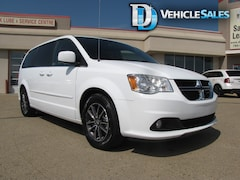 2017 Dodge Grand Caravan SXT, BLACK TOP - NO CREDIT CHECK FINANCING! Van Passenger Van