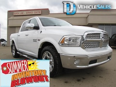 2015 Ram 1500 Laramie, Crew Cab, UConnect, Loaded Truck Crew Cab