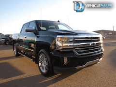 2017 Chevrolet Silverado 1500 High Country, OnStar, Heated Seats Truck Crew Cab