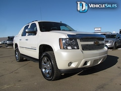 2012 Chevrolet Avalanche 1500 LTZ, 5.3L Vortec, Moonroof, Nav, Back up Camera Truck Crew Cab