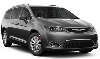 2019 Chrysler Pacifica TOURING L PLUS Passenger Van Danbury CT
