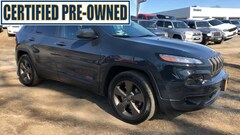 2017 Jeep Cherokee Latitude 4x4 SUV Certified Pre-Owned For Sale in Danbury, CT