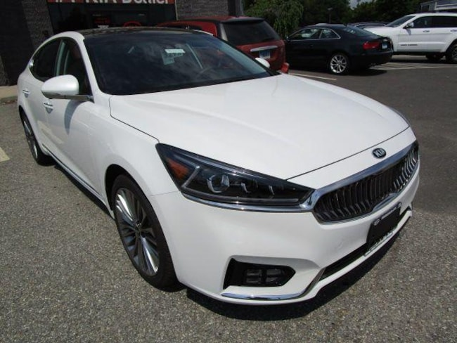 Used 2018 Kia Cadenza Limited Sedan Danbury, CT
