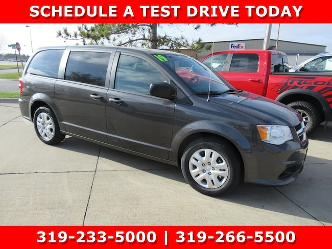 New 2019 Dodge Grand Caravan SE Passenger Van Waterloo, IA