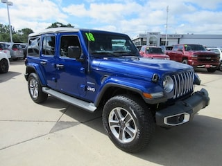 New 2018 Jeep Wrangler UNLIMITED SAHARA 4X4 Sport Utility for sale in Waterloo, IA