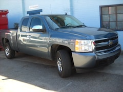 2008 Chevrolet Silverado 1500 ex cab 2 whell drive clean Extended Cab