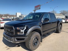 2017 Ford F-150 Raptor Truck SuperCrew Cab