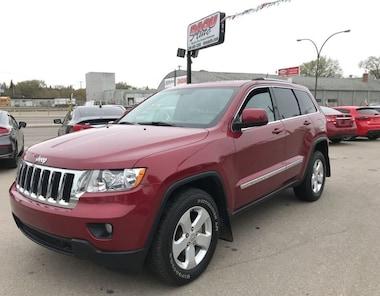 2012 Jeep Grand Cherokee Laredo w/ b/cam, leather, NAV, heat seats, s/roof SUV