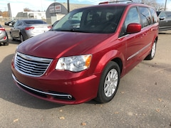 2015 Chrysler Town & Country Touring w/ b/u camera Minivan