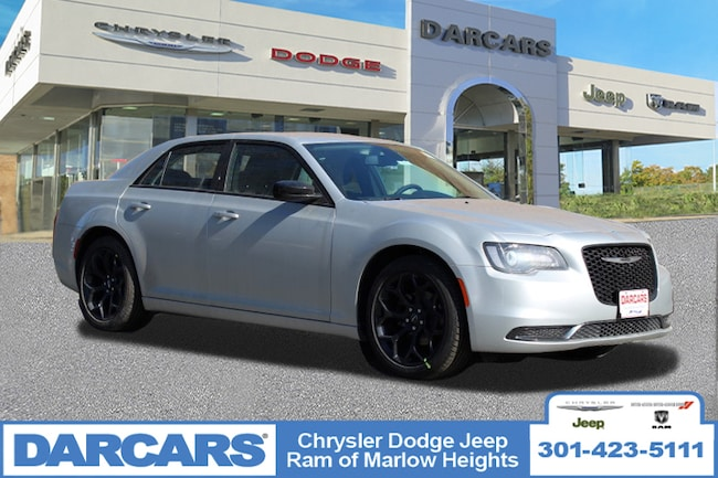 New 2019 Chrysler 300 TOURING Sedan in Temple Hills, MD