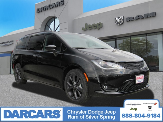 New 2019 Chrysler Pacifica TOURING L Passenger Van in Silver Spring, Maryland