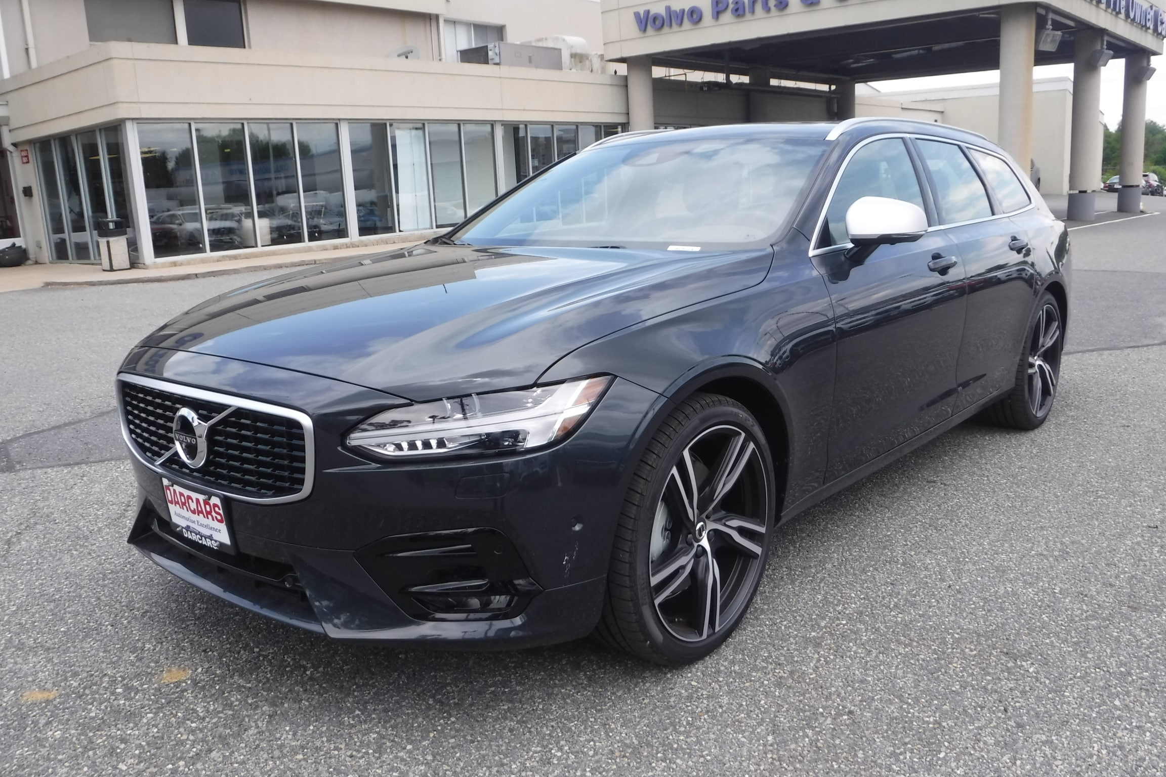 New Volvo Specials in Rockville, MD: DARCARS Volvo Cars