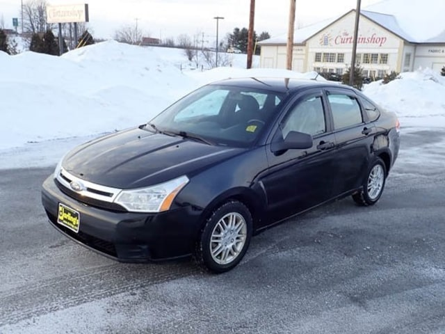 2010 Ford Focus SE (Non-Inspected Wholesale Tow-Off) Sedan