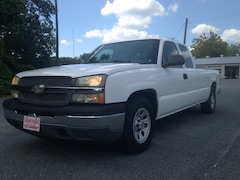 2005 Chevrolet Silverado 1500 LWB Work Truck w/ 8' bed Truck Extended Cab
