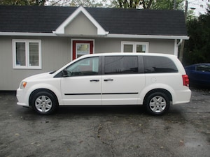 2011 Dodge Grand Caravan C/V Cargo! Low kms!