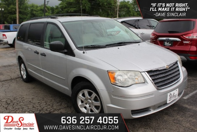 2008 Chrysler Town & Country LX Van