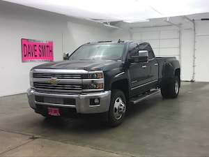 2016 Chevrolet Silverado 3500HD LTZ Crew Cab Long Box Dually