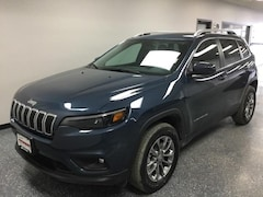 New 2019 Jeep Cherokee LATITUDE PLUS 4X4 Sport Utility in Albert Lea, MN
