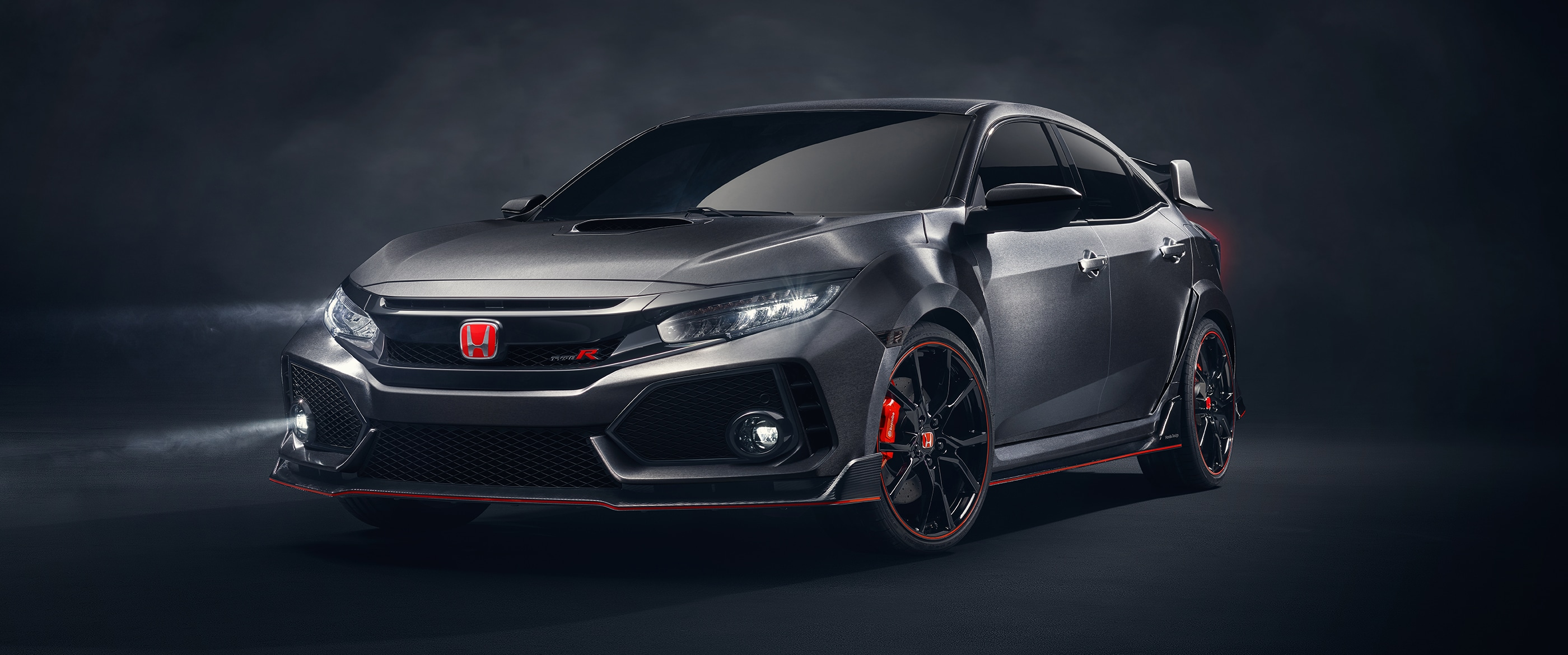 2017 type-r ext black front driver