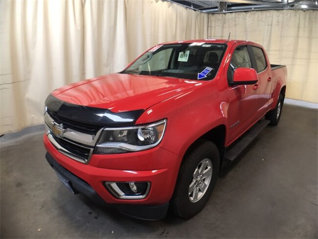 used 2017 chevrolet colorado truck crew cab wt red hot for sale in