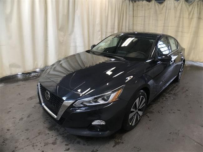New 2019 Nissan Altima 2.5 SV Sedan 1N4BL4DV6KC126366 in Watertown, NY