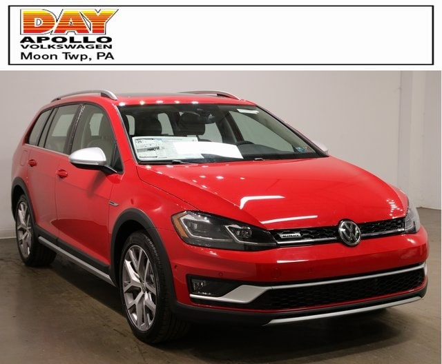 New Volkswagen Golf for Sale in Moon Twp PA | Day Apollo