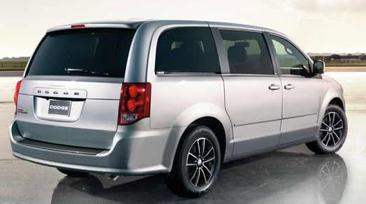 2014 toyota sienna vs 2014 dodge caravan dayton toyota nj. Black Bedroom Furniture Sets. Home Design Ideas