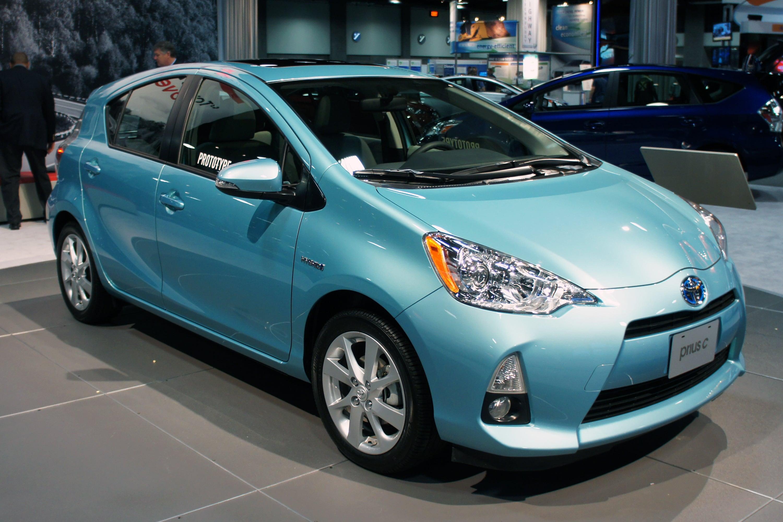 Toyota Prius Versus Ford C Max Hybrid
