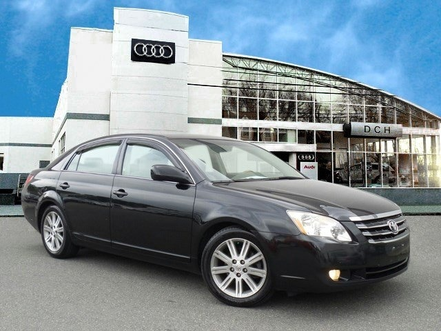 used used 2006 toyota avalon limited sedan black for sale at dch rh dchauto com Hooked Up 2006 Toyota Avalon Limited 2018 Toyota Avalon Limited