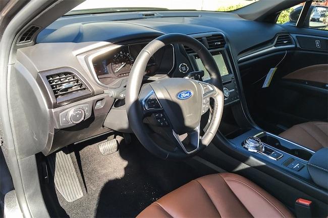 2020 Ford Fusion Sedan Hybrid SE I-4 cyl