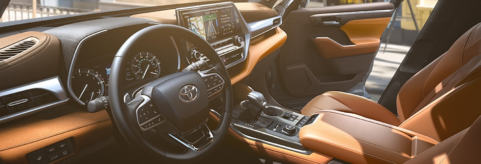 2020 Toyota Highlander Interior Vehicle Features