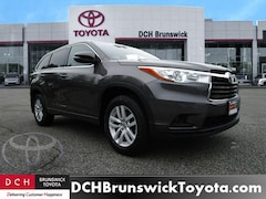 Used Toyota Highlander  2016 Toyota Highlander LE V6 SUV For Sale at DCH Brunswick Toyota