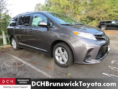 New 2019 Toyota Sienna LE 8 Passenger Van North Brunswick NJ