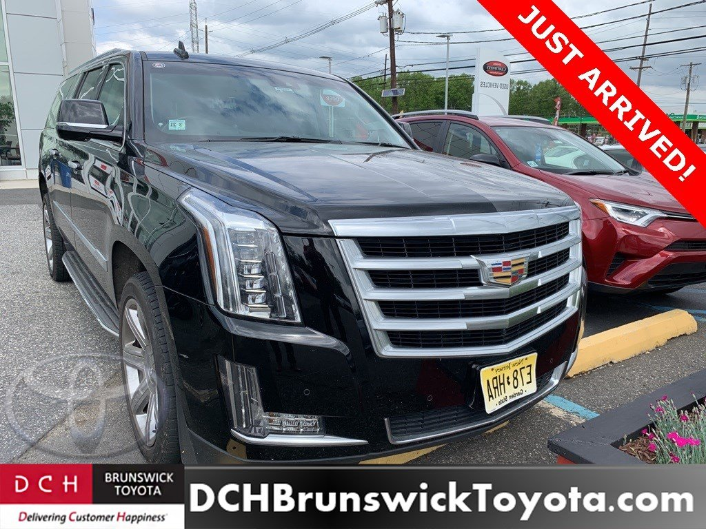 Used 2016 CADILLAC SUV Luxury Collection Black Raven For