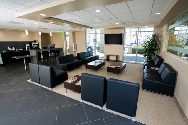 DCH Tustin Acura Service Lounge
