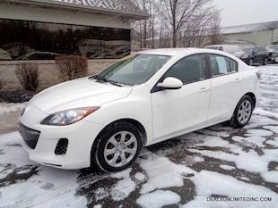 2013 Mazda Mazda3 i Sport Sedan