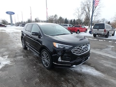 New Ford for sale 2019 Ford Edge Titanium in Pinconning, MI