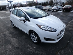 Used Vehicles for sale 2017 Ford Fiesta SE in Pinconning, MI