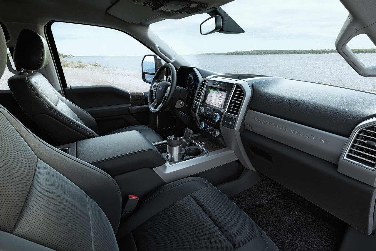 2018 Ford Super Duty LARIAT Interior