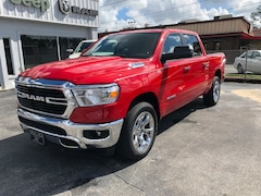 New 2019 Ram 1500 BIG HORN / LONE STAR CREW CAB 4X4 5'7 BOX Crew Cab in Bainbridge, GA