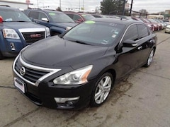 Used 2014 Nissan Altima 3.5 SL Sedan for sale in South Sioux City